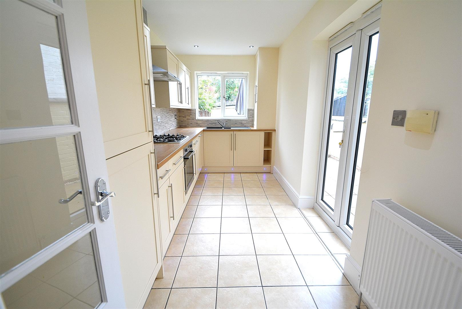 2 Bedrooms Semi Detached House for sale in Co-Operative Street, Long Eaton